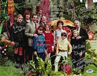 Willy Wonka & The Chocolate Factory Cast Multi Signed 11x14 Photo With 6 Signatures (PSA/DNA)