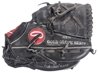 1988-1990 Paul Molitor Game Used & Signed Rawlings Fielders Glove (MEARS, Molitor LOA & Beckett)