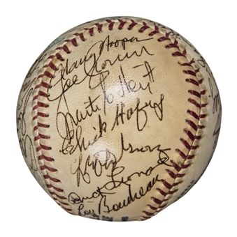 1972 Baseball Hall of Famers Multi Signed ONL Feeney Baseball With 27 Signatures (PSA/DNA Auto NM-MT 8)